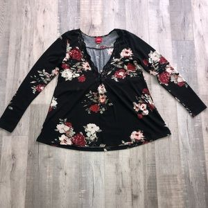 Daytrip long sleeve v-neck blouse